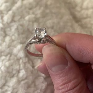 Fragrant jewels ring